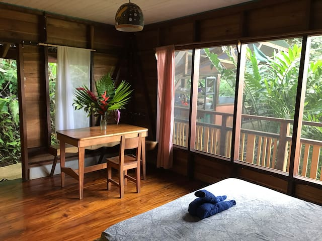 Spacious Cabin in the canopy, 100m to the beach - Puerto Viejo de Talamanca - Cabin