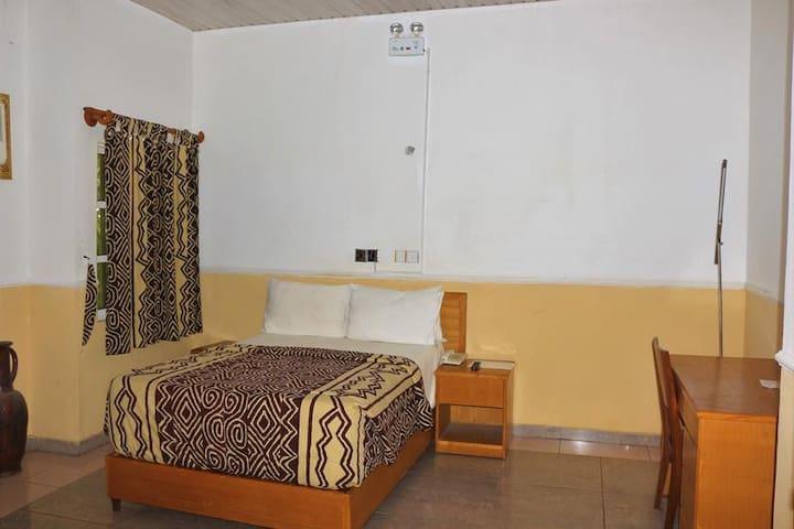 Jacaranda Suites  - DELUXE ROOM