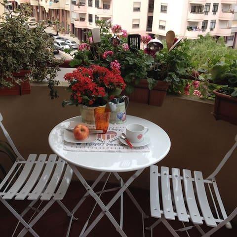 Apartamento com ótima localização - Coimbra - Apartment