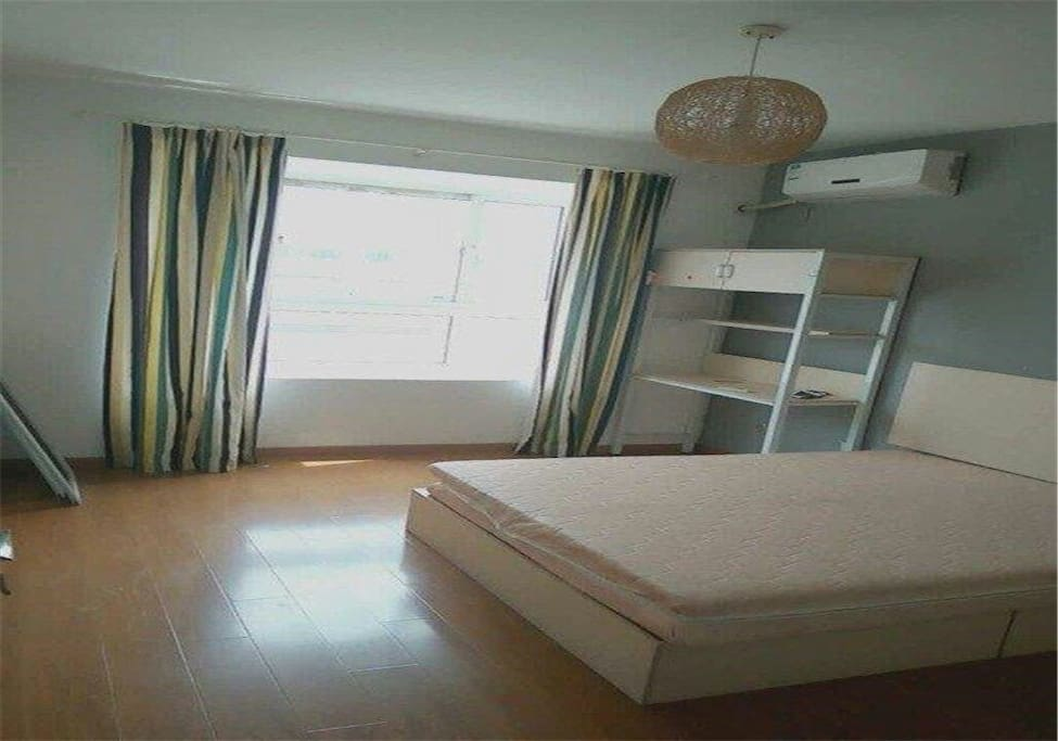 sch nes zuhause apartments for rent in dessau ro lau sachsen anhalt germany. Black Bedroom Furniture Sets. Home Design Ideas