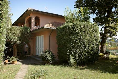 Villa i Lecci - Capannoli - บ้าน