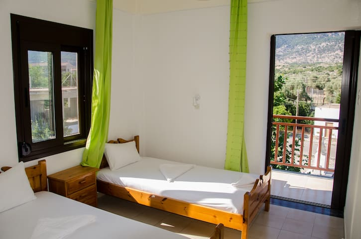 Platanos Anopoli Sfakia Mountainview 4 person room - Rethymno