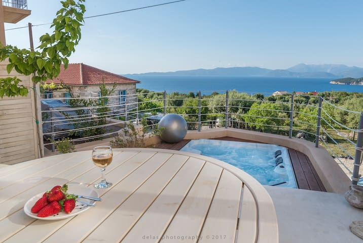 Ionian Breeze - 2 houses - Platrithias - Huis