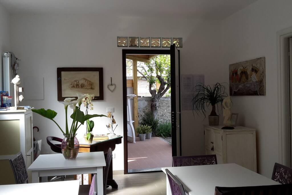b b aitrearchi room ancioa acciuga chambres d 39 h tes louer spotorno ligurie italie. Black Bedroom Furniture Sets. Home Design Ideas