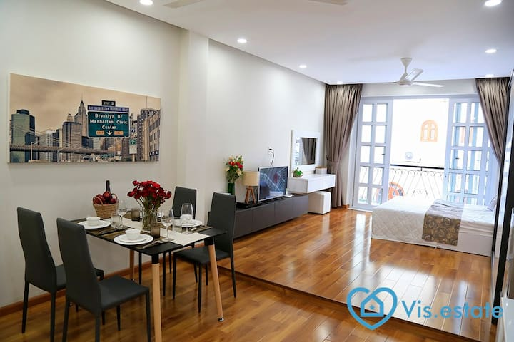 Rent new serviced studio with Balcony in D3 - Ho Chi Minh City - Apartment