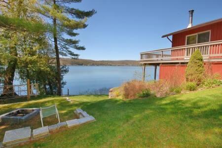 Lake Bomoseen, 3 Bedroom Home, Fantastic dock, Panoramic views of the lake.