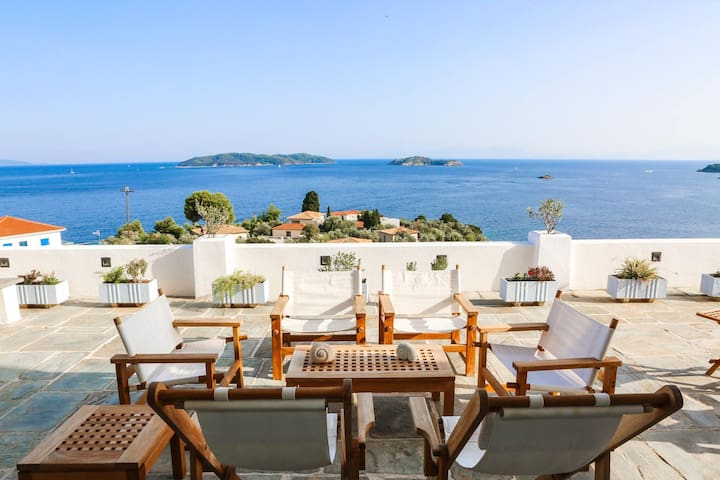 Villa Harp with Breathtaking Sea View - Sporades - Casa de campo