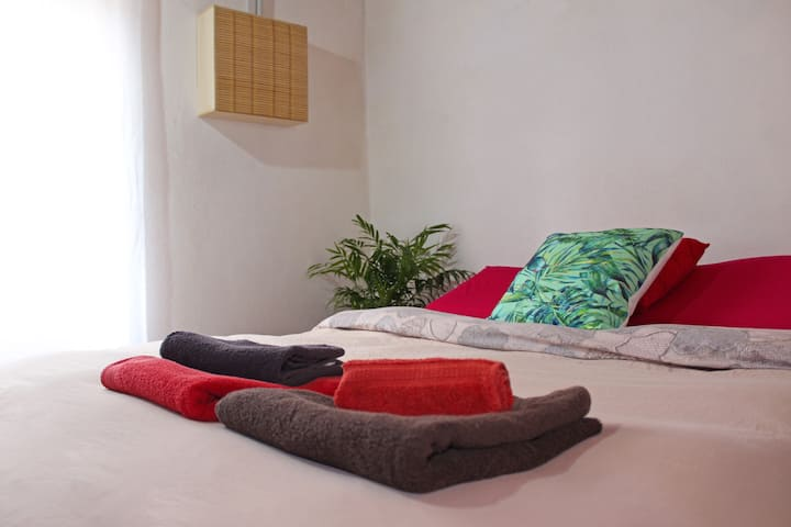 "Double room ""King-Queen"" in the center of Cagliari"