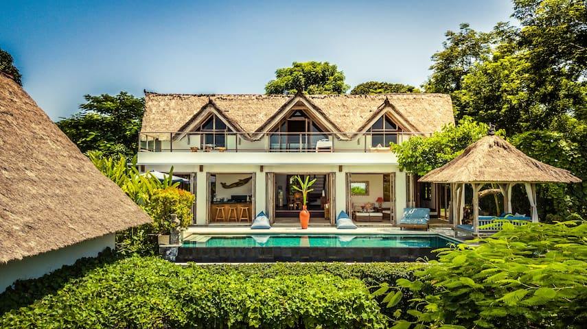 Villa Nusa - Private Villa in Exclusive Location