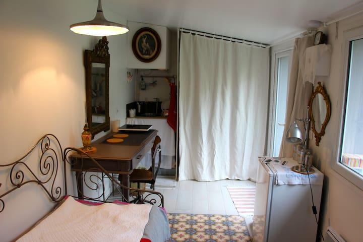 Studio indépendant tout confort / 1 mois minimum