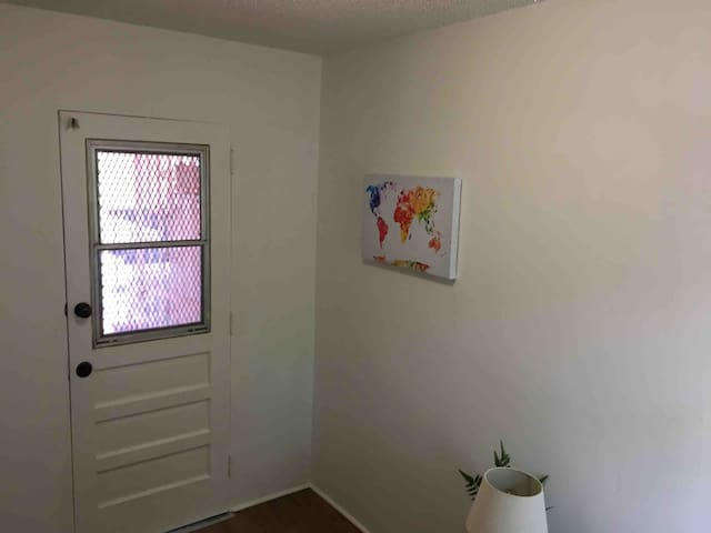 Cosy Tiny Room In the Heart Miami / Little Havana!