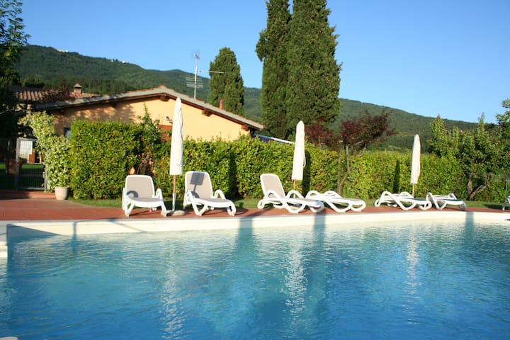 Cottage Romantic in Tuscany hills - Reggello - Cabane