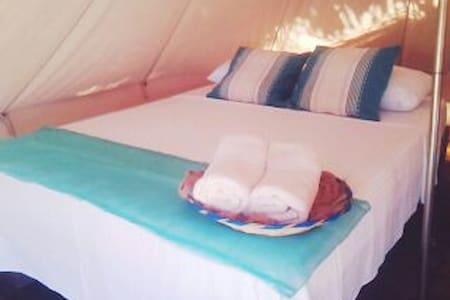 Acampa en la playa con glamour Tienda 1 - Playa Mermejita  - Lain-lain