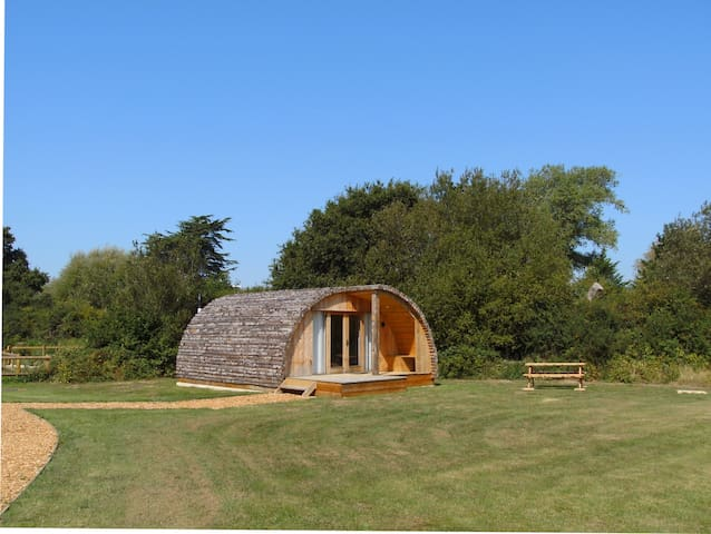 Beautiful Cosy Cabin (No.1) - Close to Yarmouth