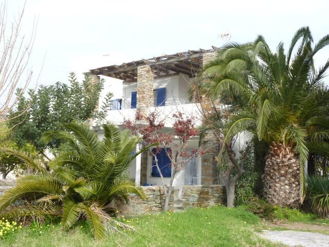 Comfortable house near the beach - Korissia - House