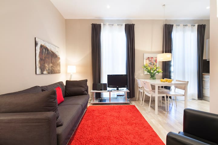 Spacious, central and stylish, AC, shared terrace - Barcellona - Appartamento