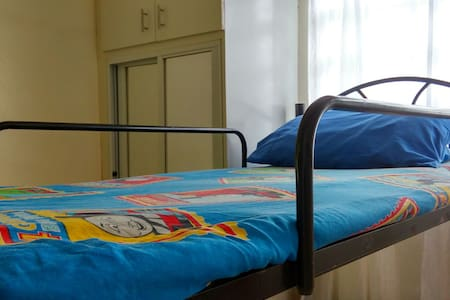 Backpackers Rm BedB Budget Friendly - Lucban