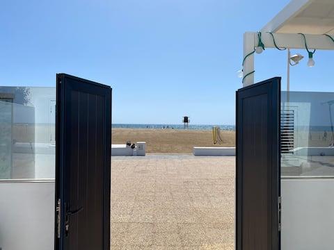 Playa honda, primera línea de playa, Lanzarote