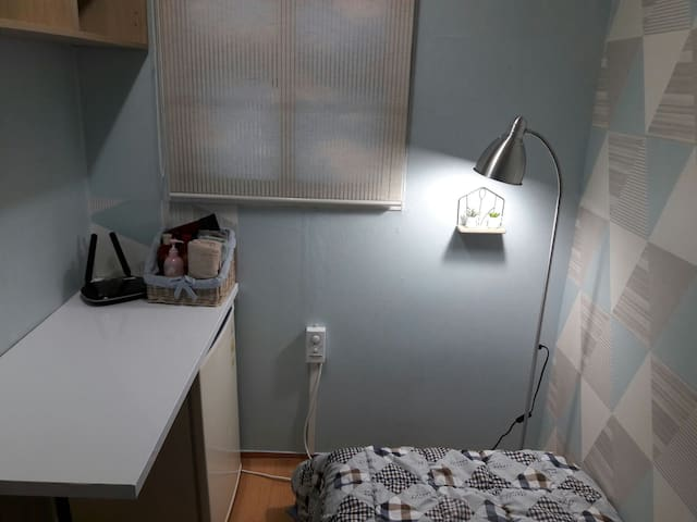 Lovely Single Room for Women - Mapo-gu