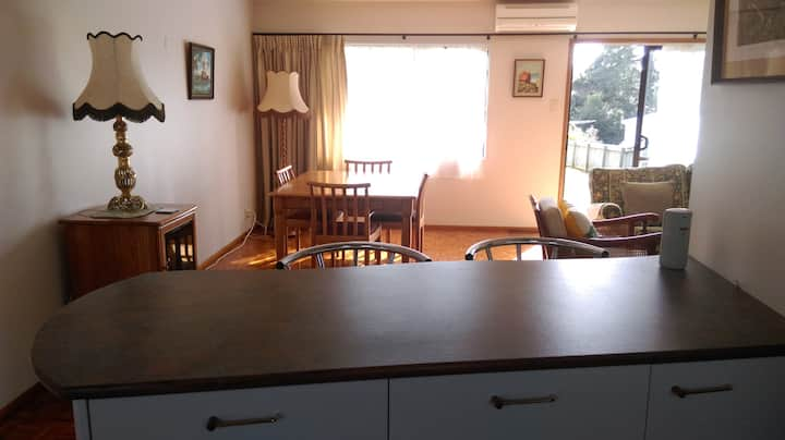 Comfortable 2 bedroom unit in Haruru Falls.