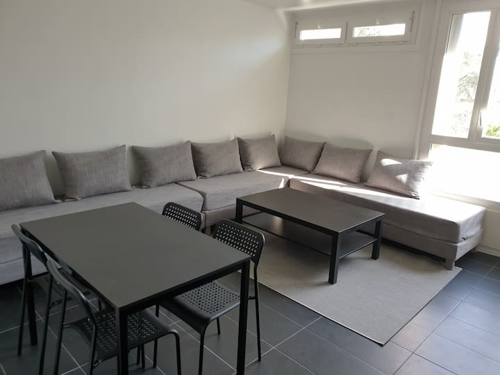 Modern appartement for teams / large groups / pros