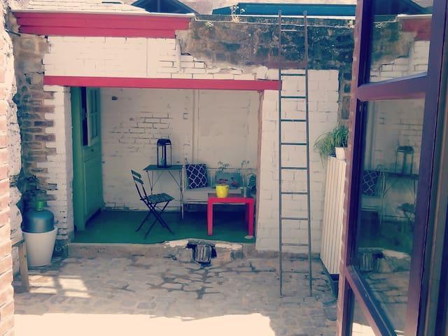 Maison atypique plein centre ville de Vitré! - Vitré - House