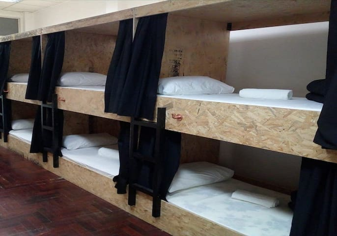 Shared Dormitory, Mixed Dorm, 10 Beds