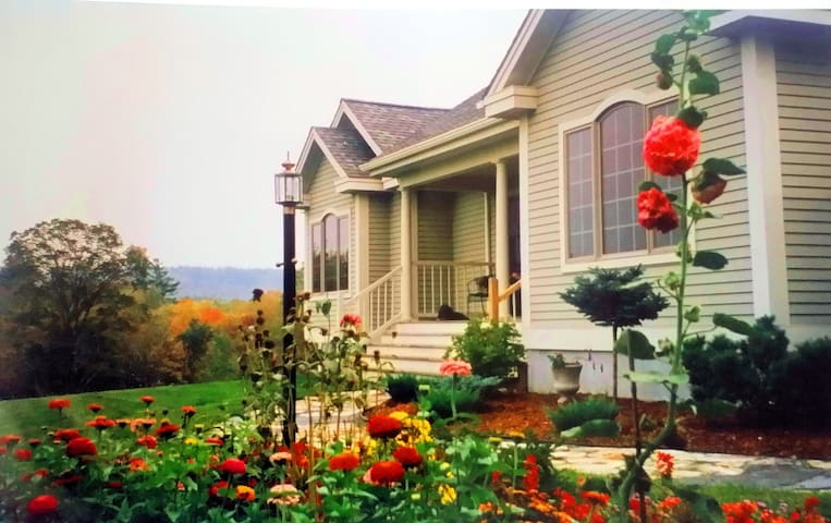 Idyllic country home Hanover, NH - Hanover - Bed & Breakfast
