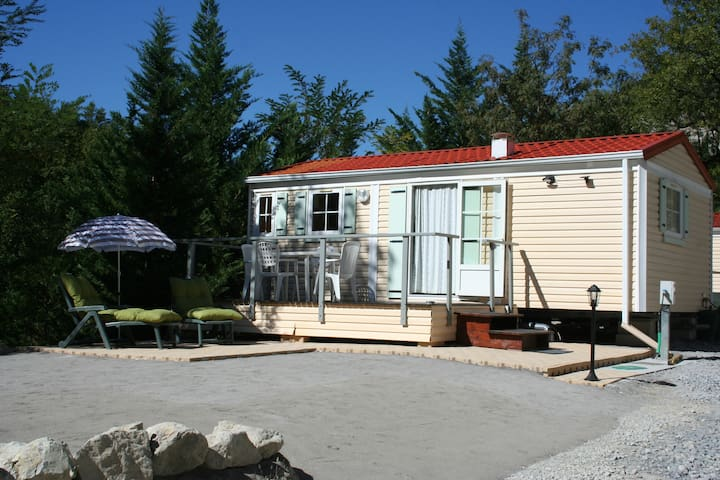 Charming 2-bedroom modular home - Puget-Théniers - Bungalo