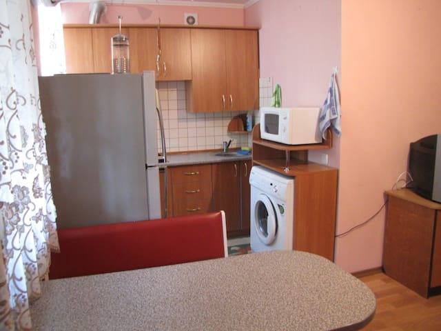 Чистая и уютная квартира в самом центре Миргородаа