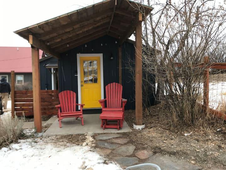 Cozy Philipsburg Studio Guest Cottage