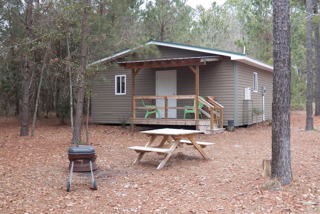 Our two BD cabin is the perfect place to enjoy a romantic weekend away or a fun-filled family weekend.