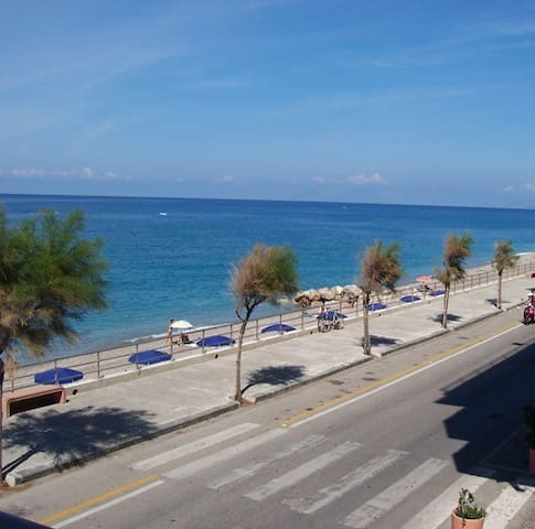 Seaside home by the city center - 1st floor - Capo d'Orlando - Apartment