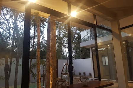 #2 multi units! Artistic Glass home with waterfall - Tulum