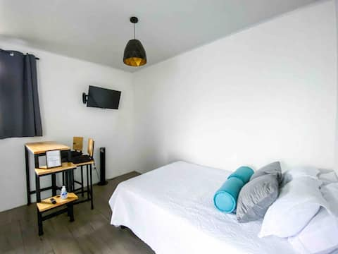 Quijote's Studio #1 - 3 min from the SJO Airport