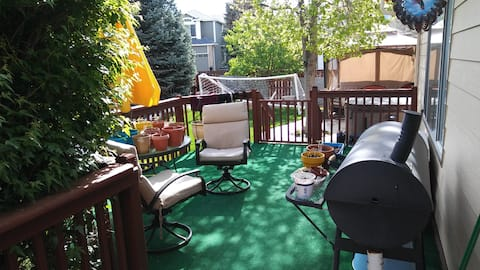 Deck with grill