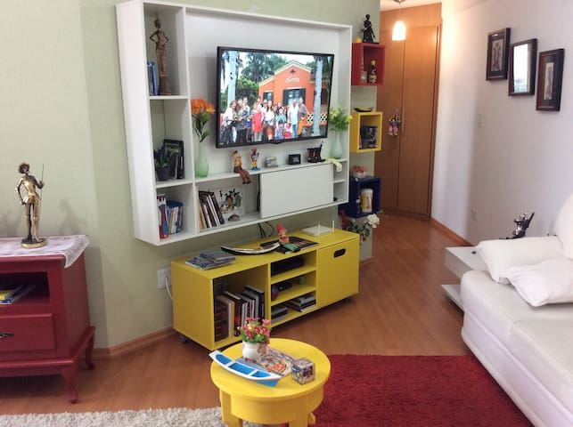 Apartamento pequeno, aconchegante, central - Paranaguá - Appartement
