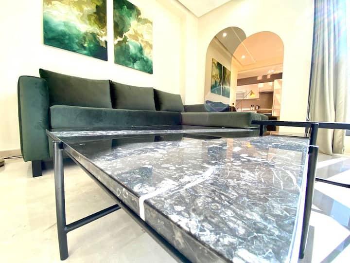 Premium 19 - Classy & Stylish flat,Near the Sea