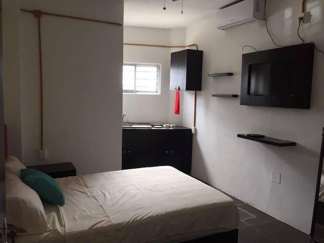 Renta de cuartos privados con todos los servicios