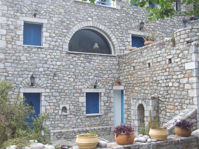 Villa Vasiliki - Agios Kiprianos - 一軒家
