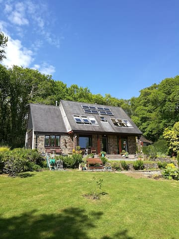 Beautiful two bedroom house in private woodland