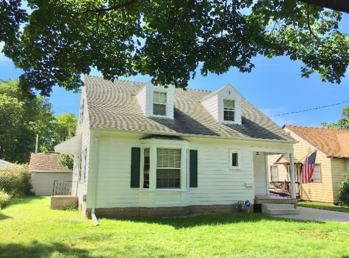 2 Bedrooms, Main Floor, 1.3 miles from Mayo Clinic