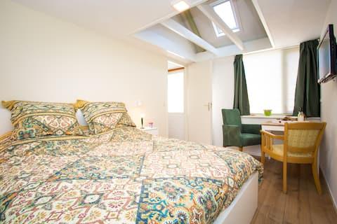 IJsselstein, Privé appartement met eigen ingang.