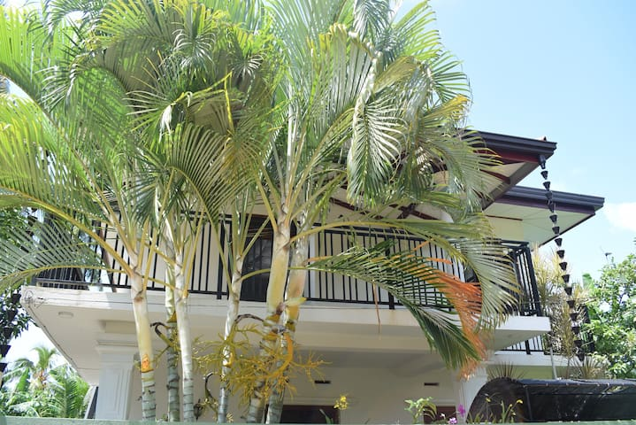 Yenuli Villa
