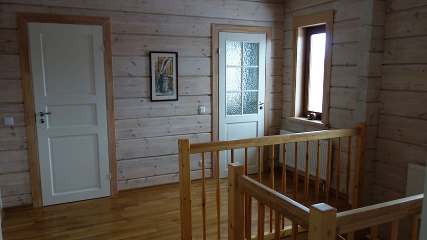 Private room with balcony and garden view - Strelna - House