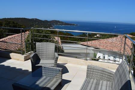 Maison de 75m² avec magnifique vue sur mer