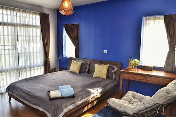 标准大床房B401