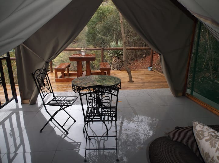 Luxury Mountain view tent @ Old Mill Lodge