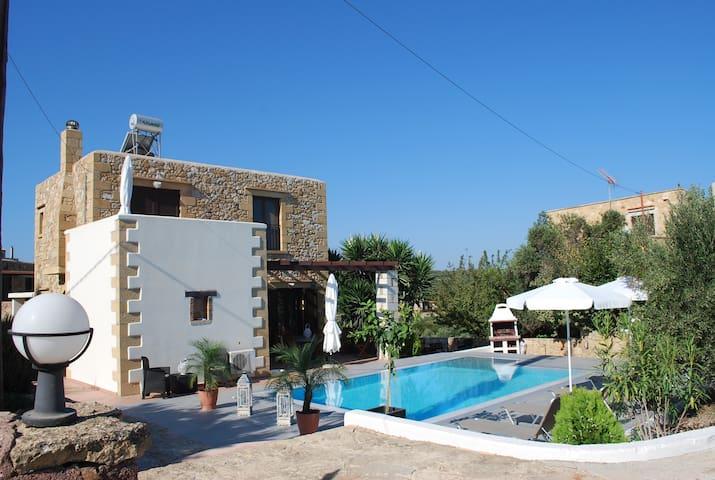 Villa de Charme, vues mer, plages, piscine privée