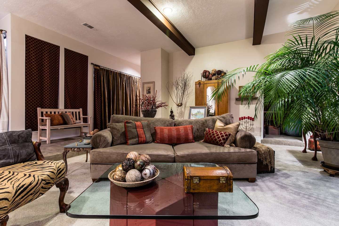 Great room for visiting and relaxing!